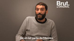 """Dans la série de documentaires """"Histoires d'une Nation"""", Ramzy Bédia revient sur ses origines algériennes et déplore le manque d'apprentissage de l'histoire de l'immigration à l'école. Brut s'est entretenu avec l'acteur et humoriste sur ce sujet. (BRUT)"""