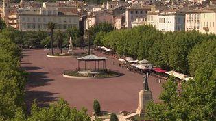 La place Saint-Nicolas, à Bastia, est l'une des plus grandes places de France, 280 mètres de long sur 80 de large. (CAPTURE D'ÉCRAN FRANCE 3)