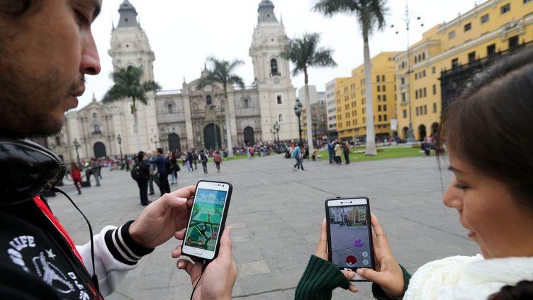 A Lima au Pérou, au temps où on pouvait jouer au jeu Pokémon Go en plein jour ! (ANDINA / MAXPPP)