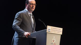 François Hollande lors du congrés annuel de L'Union syndicale des magistrats de France (USM), à Dijon (Côte d'Or), le 7 octobre 2016. (ROMAIN LAFABREGUE / AFP)
