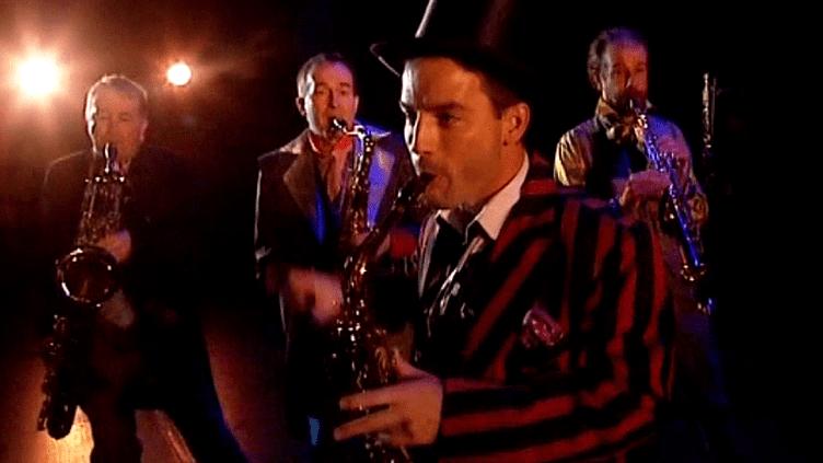 """Quatre virtuoses du saxophone rendent hommage au """"Mystère Sax""""  (France 3 Culturebox)"""