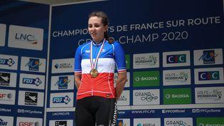 Juliette Labous, vainqueuredu championnat de France de cyclisme du contre-la-montre féminin, le 21 août 2020 à Grand-Champ, en France. (LAURENT LAIRYS / AFP)