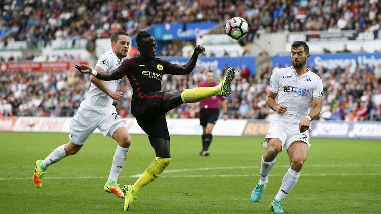 Bacary Sagna contre Swansea  (ADRIAN DENNIS / AFP)