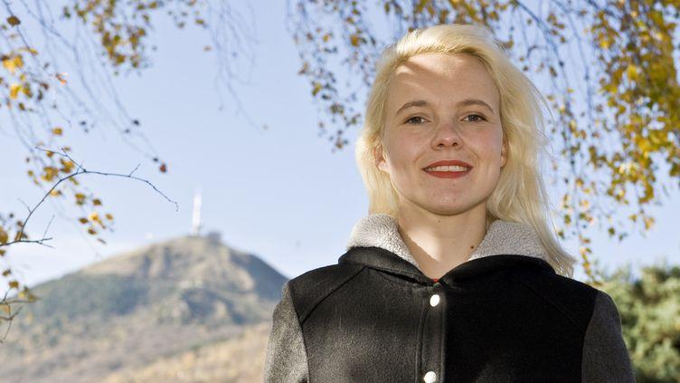 Cécile Coulon, tout juste 26 ans, en est déjà à son sixième roman.  (THIERRY ZOCCOLAN / AFP)