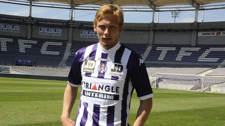Le joueur de Toulouse, Clément Chantôme, lors de sa signature au TFC cet été