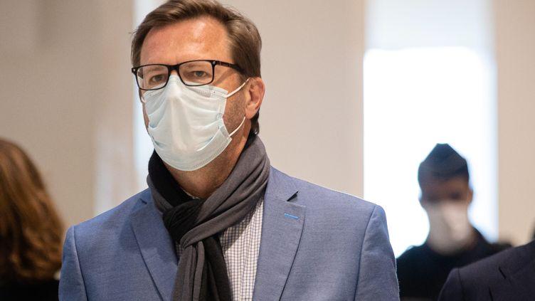 Jérôme Lavrilleux arrive au palais de justice de Paris pour le procès dans l'affaire Bygmalion pour financement illicite de l'élection présidentielle de 2012, le 20 mai 2021. (AURELIEN MORISSARD / MAXPPP)