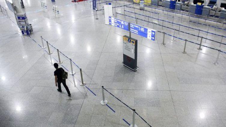 L'aéroport d'Athènes sera fermé durant 48 heures. (Angelos Tzortzinis / AFP)