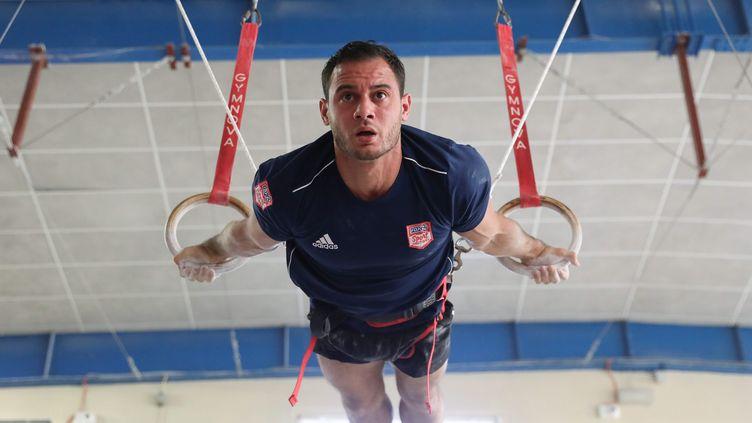 Le gymnaste Samir Ait-Said en pleine preparation pour les Jeux Olympiques de Tokyo, au Pôle France d'Antibes, le 2 juin 2021. (SEBASTIEN BOTELLA / MAXPPP)