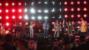 Sandra Nkaké, Angélique Kidjo, Oxmo Puccino, Yseult, Yaël Naim et Catherine Ringer sur la scène du Festival des festivals jeudi 27 août 2020. (TIZIANO DA SILVA, VEEREN RAMSAMY/BESTIMAGE)