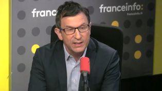 """La polémique autour des chiffres définitifs de la participation au premier tour s'est poursuivie ce matin, Jean-Luc Mélenchon dénonçant notamment un """"trucage de masse"""" (franceinfo)"""