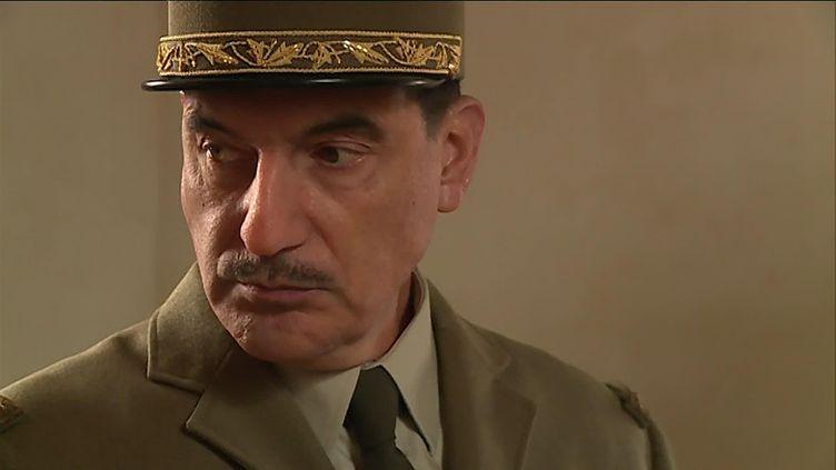 Samuel Labarthe en Charles De Gaulle (M. Meyer / France Télévisions)