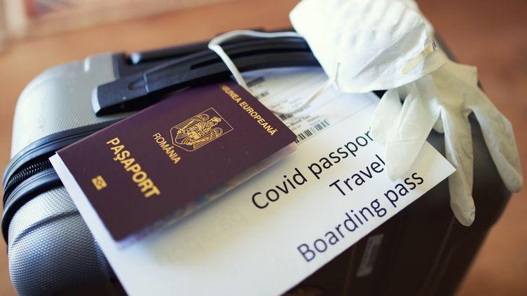 Un certificat numérique pour voyager en avion est déjà testé à Roissy sur certains vols à destination d'Abu Dhabi. (MOMENT RF / GETTY IMAGES)