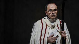 Le cardinal Philippe Barbarin lors d'une messe à la cathédrale Saint-Jean, à Lyon (Rhône), le 3 avril 2016. (JEFF PACHOUD / AFP)