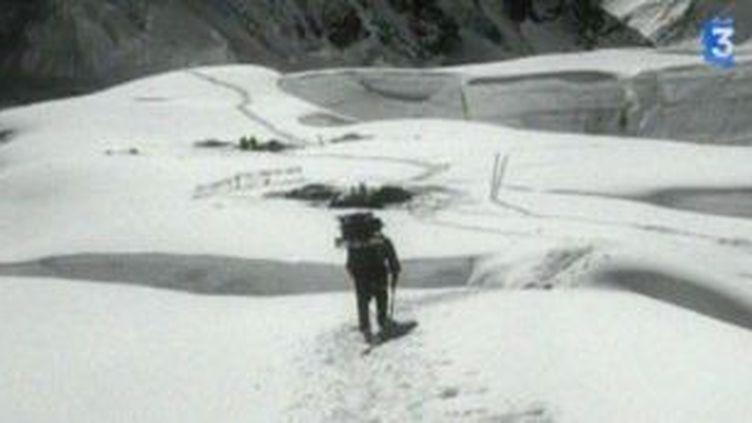 Pierre Dutrievoz, quand l'alpiniste et le cinéaste se fait Passager de l'Everest  (Culturebox)