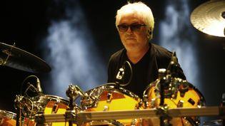 Cerrone lors d'un concert à Nice (Alpes-Maritimes), le 10 juillet 2015. (VALERY HACHE / AFP)