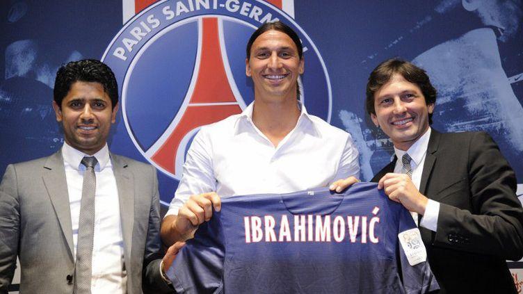 Zlatan Ibrahimovic lors de sa présentation au Parc des Princes (BERTRAND GUAY / AFP)