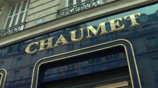 Fait divers : une bijouterie parisienne braquée, le voleur s'enfuit à trottinette (France 3)