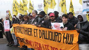 Une manifestation de soutien aux migrants, à Calais, le 23 janvier 2016. (MAXPPP)