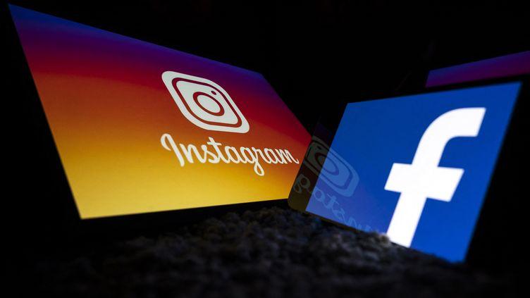 Illustration Instagram et Facebook. (LIONEL BONAVENTURE / AFP)