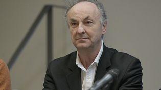 Le Pr Bruno Lina, lors d'un point presse des HCL sur le coronavirus, à Lyon le 28 février 2020. (MAXIME JEGAT / MAXPPP)