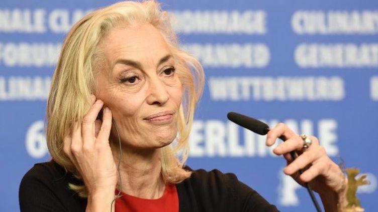 La productrice tunisienne Dora Bouchoucha durant la conférence de presse des films primés lors de la 66e édition de la Berlinale, le 20 février 2016, à Berlin. Le long métrage qu'elle a produit, «Hedi, un vent de liberté» de Mohamed Ben Attia, s'était vu décerner le prix du meilleur premier film. (Ekaterina Chesnokova/Sputnik )