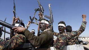 Des combattants houthis à Sanaa au Yémen, le 3 janvier 2017. (MOHAMMED HUWAIS / AFP)