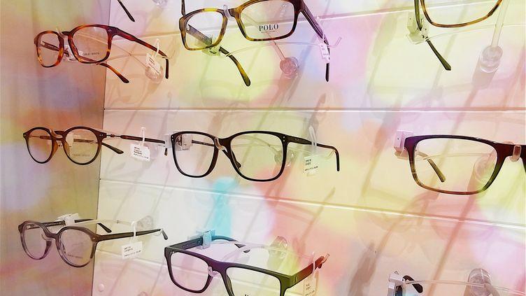 Des lunettes dans le magasin d'un opticien (PATRICK LEFEVRE / BELGA MAG)