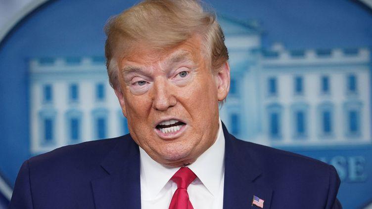 Donald Trump lors d'une conférence de presse au sujet de l'épidémie de coronavirus, le 6 avril 2020, àWashington. (MANDEL NGAN / AFP)