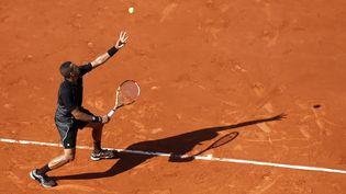 Jo-Wilfried Tsonga à Roland Garros, le 29 mai 2015. (VINCENT KESSLER / REUTERS)