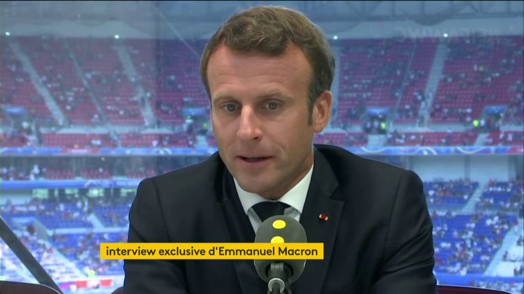 L'interview exclusive d'Emmanuel Macron sur franceinfo au stade de Lyon, le 7 juillet 2019. (FRANCEINFO / RADIOFRANCE)