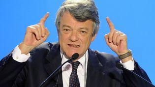 Jean-Louis Borloo est trés courtisé à droite (FRANCOIS LO PRESTI / AFP)
