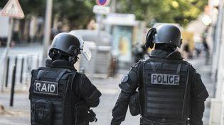 Des policiers du Rai, en août 2016. (PATRICK FOUQUE / PHOTO12 / AFP)