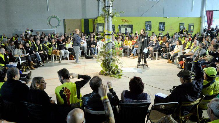 """Des """"gilets jaunes"""" réunis à Montpellier (Hérault) lors de leur """"Assemblée des assemblées"""", le 1er novembre 2019. (MAXPPP)"""
