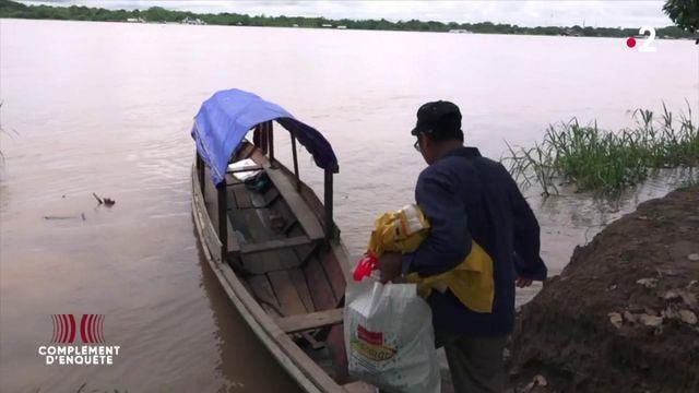 """Complément d'enquête. """"Je vis de la came"""" : sur le fleuve Amazone avec un convoyeur de cocaïne colombienne"""