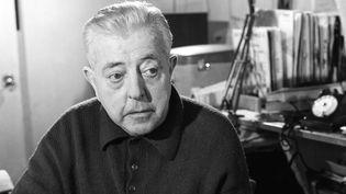 """Jacques Prévert en 1968 est au coeur du spectacle de Gabriel Villa, """"L'inventaire"""".  (Bernard Pascucci / INA)"""