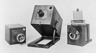 Des appareils photo qui datent de 1840-1841. (SPENCER ARNOLD / HULTON ARCHIVE)