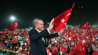 Recep Tayyip Erdogan, le 7 août 2016 à Istanbul (Turquie). (KAYHAN OZER / ANADOLU AGENCY / AFP)