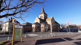 Le village deLurcy-Lévis (Allier) durant le confinement, en novembre 2020. (SEBASTIEN BAER / RADIO FRANCE)