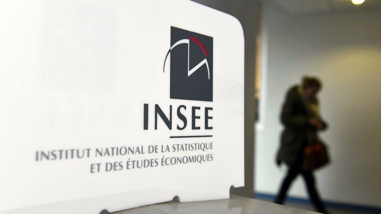 Logo de l'Insee, à Nancy (Meurthe-et-Moselle), en 2017 (photo d'illustration) (MAXPPP)