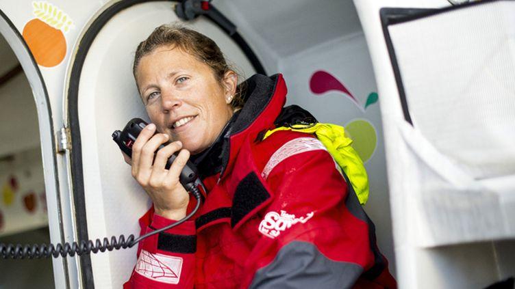 Samantha Davies à bord de Savéol, son bateau pour le Vendée Globe