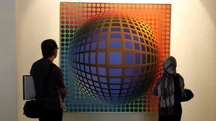Une oeuvre de Vasarely au Musée de Téhéran (2010)  (Atta Kenare/AFP)