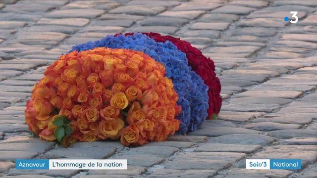 Charles Aznavour : la nation a rendu hommage au chanteur aux Invalides