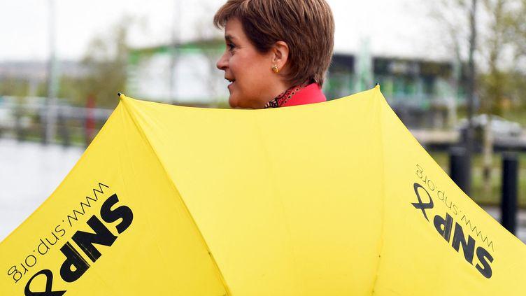 La leader du parti indépendantiste SNP Nicola Sturgeon après la victoire de son parti aux législatives écossaises, à Glasgow (Écosse), le 8 mai 2021. (ANDY BUCHANAN / AFP)
