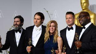 """L'équipe de """"12 years a Slave"""" consacré Meilleur film aux 86e Oscars  (Jordan Strauss/AP/SIPA )"""