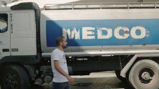 Le Liban se dirige vers le chaos et la population est au bord de la crise. Le prix de l'essence, devenue un luxe, a augmenté de 550% et les pénuries sont très nombreuses. Reportage à Beyrouth. (France 2)