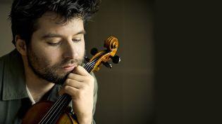 Le violoniste et compositeur Mathias Lévy (JEAN-BAPTISTE MILLOT)
