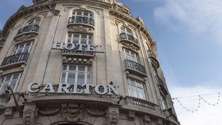 La façade extérieure de l'hôtel Carlton à Lille (Nord), le 21 janvier 2015. (DENIS CHARLET / AFP)