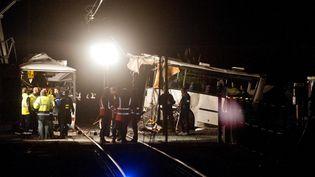 L'accident entre un bus scolaire et un TER a eu lieu sur le passage à niveau situé à Millas (Pyrénées-Orientales) le 14 décembre 2017. (MAXPPP)