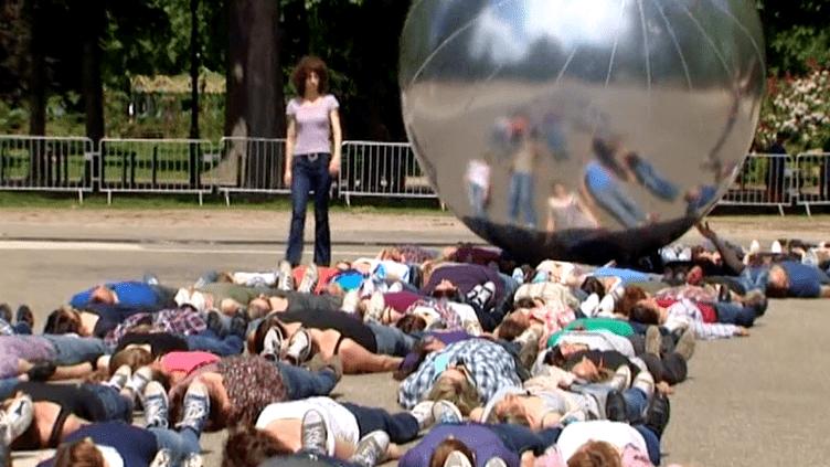 """Dans la série des """"Made In..."""" de Joanne Leigthon, le parc de la Pépnière a accueilli """"Made In Nancy""""  (France 3 / Culturebox)"""