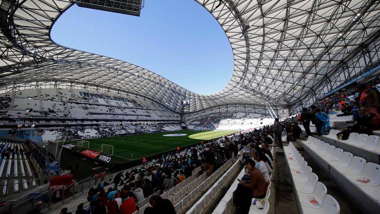 L'enceinte du Stade Orange Vélodrome, que la nouvelle municipalité veut vendre